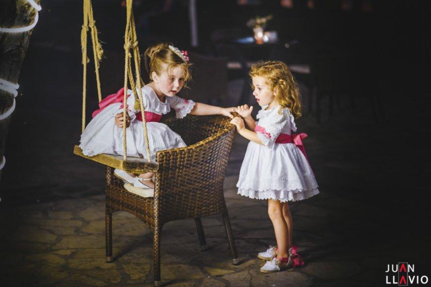 Juan_Llavio_Fotografo_de_bodas_eventos_sociales_con_sede_en_Gijon_Asturias_reportajes_de_boda_con niños
