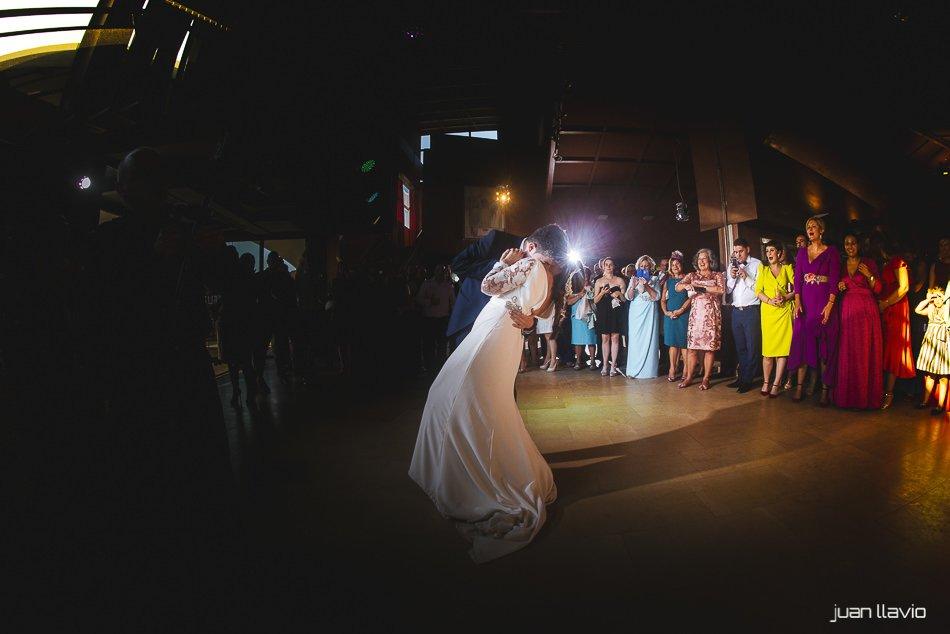 Fotógrafo de bodas en Asturias Juan Llavio: Lucía y Samuel