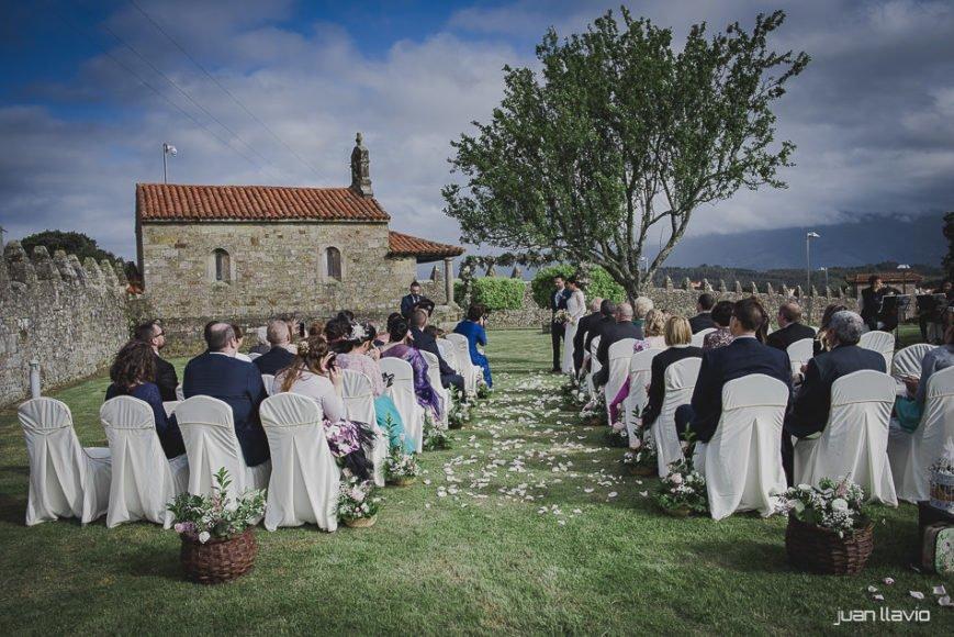 Fotografo de bodas en Asturias para bodas al aire libre